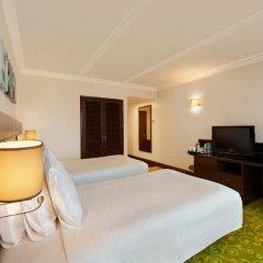 Отель Hilton Garden Inn New Delhi/Saket 4* Стандартный номер с различными типами кроватей фото 4