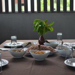 Отель Aqua Front Yala Resort питание фото 2