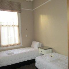 Отель Valmai House Cambridge 3* Стандартный номер с 2 отдельными кроватями (общая ванная комната)