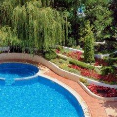 Отель Grifid Arabella Hotel - Все включено Болгария, Золотые пески - отзывы, цены и фото номеров - забронировать отель Grifid Arabella Hotel - Все включено онлайн бассейн фото 2