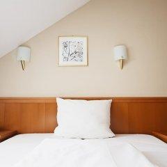 Hotel Blutenburg 2* Стандартный номер с различными типами кроватей фото 9