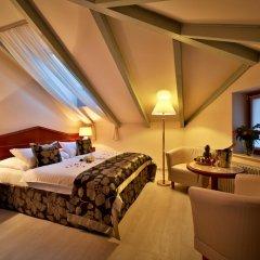 Hotel Carlton 4* Полулюкс с различными типами кроватей
