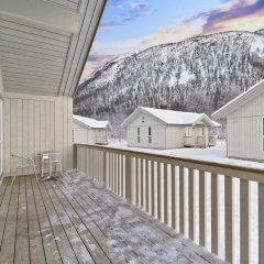 Отель Tromsø Camping Улучшенный коттедж с различными типами кроватей фото 4