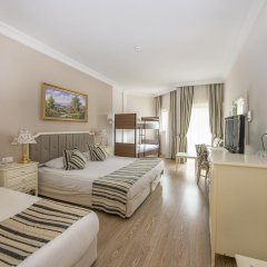 Crystal Tat Beach Golf Resort & Spa 5* Стандартный номер с двухъярусной кроватью