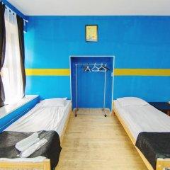 Мини-Отель Компас Номер с общей ванной комнатой с различными типами кроватей (общая ванная комната) фото 46