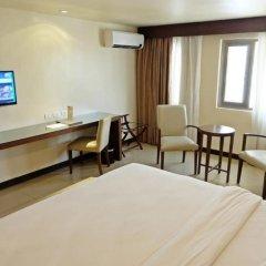 Mandarin Plaza Hotel 4* Номер Делюкс с различными типами кроватей фото 2