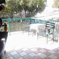Отель Sathitsit Mansion Таиланд, Бангкок - отзывы, цены и фото номеров - забронировать отель Sathitsit Mansion онлайн балкон