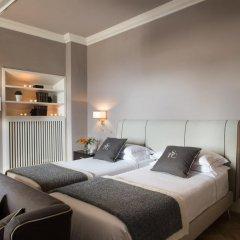 Отель Tornabuoni Suites Collection 3* Люкс с различными типами кроватей фото 2