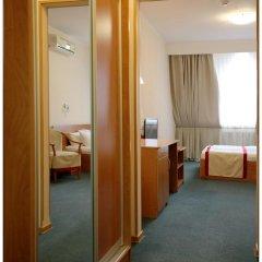 Гостиница Колибри Улучшенный номер с двуспальной кроватью фото 12