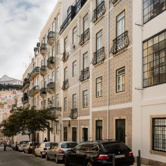 Апартаменты Lisbon Serviced Apartments - Castelo S. Jorge парковка