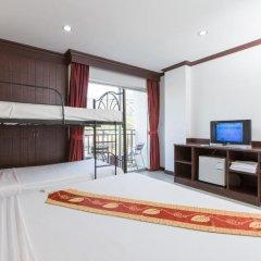 Отель Patong Buri 3* Стандартный номер с различными типами кроватей фото 4