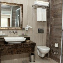 Port Hotel Tophane-i Amire 3* Люкс с различными типами кроватей фото 8