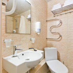 Гостиница Охтинская 3* Стандартный номер с двуспальной кроватью фото 10