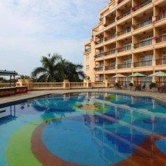 Sanya Golden Phoenix Sea View Hotel бассейн фото 2