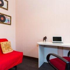 Гостиница Penthouse with Kremlin Views комната для гостей