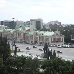 Гостиница у Оперного Театра в Новосибирске отзывы, цены и фото номеров - забронировать гостиницу у Оперного Театра онлайн Новосибирск балкон