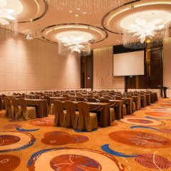 Отель Holiday Inn Shanghai Hongqiao фото 2