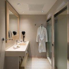 Отель Catalonia Sagrada Familia 3* Улучшенный номер с различными типами кроватей фото 8