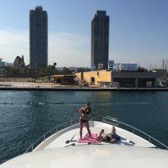 Отель Beyond the Sea Yacht Испания, Барселона - отзывы, цены и фото номеров - забронировать отель Beyond the Sea Yacht онлайн приотельная территория фото 2