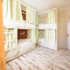Волхонка хостел Кровать в женском общем номере с двухъярусными кроватями