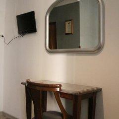 Отель Hostal San Isidro Стандартный номер фото 10