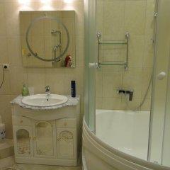 Гостиница Lux apartament UFA в Уфе отзывы, цены и фото номеров - забронировать гостиницу Lux apartament UFA онлайн Уфа ванная фото 2