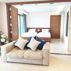 Отель At The Tree Condominium Phuket комната для гостей фото 4