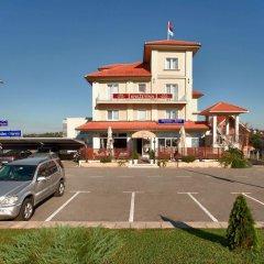Hotel Knezevina парковка