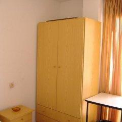 Отель Hostal Casa De Huéspedes San Fernando - Adults Only Стандартный номер с различными типами кроватей фото 13