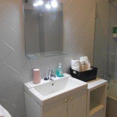 Отель Apartamentos San Roque Испания, Льянес - отзывы, цены и фото номеров - забронировать отель Apartamentos San Roque онлайн ванная фото 2