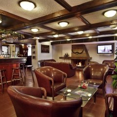 Апартаменты TES Flora Apartments Боровец гостиничный бар