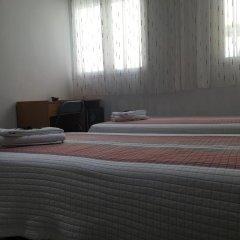 Отель Hostal Residencia Lido Стандартный номер с различными типами кроватей фото 12