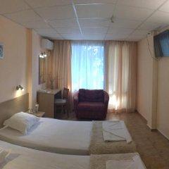 Park Hotel Briz - Free Parking 3* Стандартный номер с различными типами кроватей фото 6