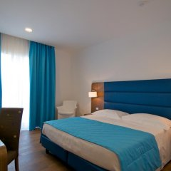 Hotel Plaza 4* Номер Комфорт с двуспальной кроватью фото 5