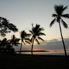 Tanoa Waterfront Hotel пляж