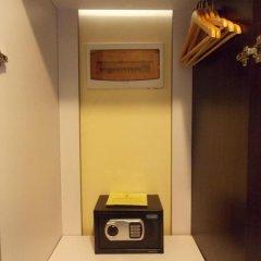 Отель M Citi Suites 3* Стандартный номер с различными типами кроватей фото 4