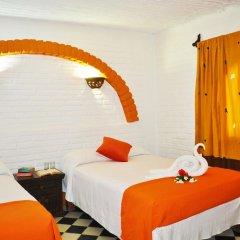 Hotel Hacienda de Vallarta Centro 3* Стандартный семейный номер с двуспальной кроватью