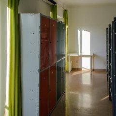 Hans Brinker Hostel Lisbon Кровать в общем номере с двухъярусной кроватью фото 6