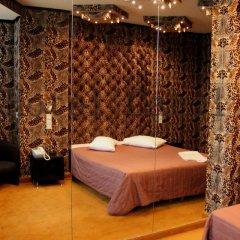 Carol Hotel 2* Люкс с разными типами кроватей фото 38