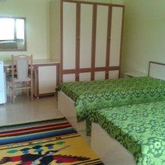 Отель Guesthouse Gostilitsa Боженци комната для гостей фото 2