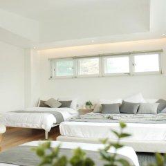 Отель The Mei Haus Hongdae 3* Стандартный семейный номер с двуспальной кроватью