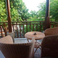 Отель Thaproban Beach House 3* Улучшенный номер с двуспальной кроватью фото 11