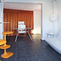 Отель Avant Garde Suites комната для гостей фото 2