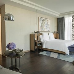 Four Seasons Hotel Dubai International Financial Centre 5* Улучшенный номер с различными типами кроватей фото 4