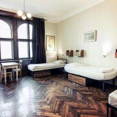 Sir Toby's Hostel Кровать в общем номере с двухъярусной кроватью фото 3