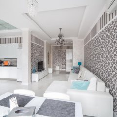 Апартаменты Royal Apartments Minsk комната для гостей фото 5