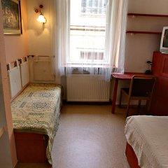 Santico Art Hostel And Guesthouse Стандартный номер фото 26