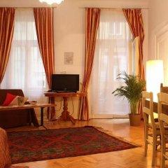 Апартаменты Bohemia Antique Apartment комната для гостей фото 3