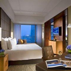 Отель Grand Millennium Beijing 5* Улучшенный номер с различными типами кроватей фото 4