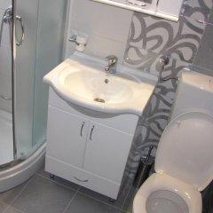 Отель Studio Lara Сербия, Белград - отзывы, цены и фото номеров - забронировать отель Studio Lara онлайн ванная